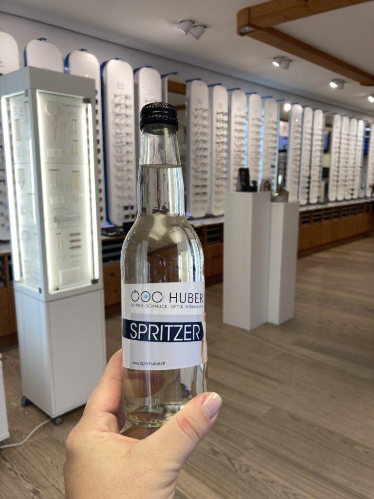 Spritzer 0,33l mit personalisierten Etiketten für Optik Huber2